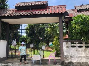 ขายบ้านเชียงราย : ขายบ้านพร้อมที่ดินทำเลทอง ไข่แดง ตัวเมืองเชียงราย House for sale with land in a very golden location, egg yolk. Chiang Rai city