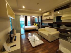 For RentCondoNawamin, Ramindra : Condo for rent, Parc Exo Kaset-Nawamin, 4th floor, pool view. beautiful room ready