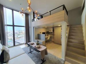For RentCondoRama9, RCA, Petchaburi : For rent /For rent Chewathai Residence Asoke the Loft, very beautiful room.