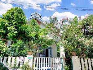 For SaleHousePattaya, Bangsaen, Chonburi : House for sale, Eastern Home Park, Huai Prap, Bowin, Si Racha District, Chonburi.