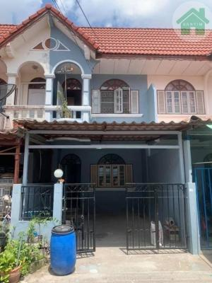 For RentTownhouseSamrong, Samut Prakan : Townhouse 2 floors, rent 6,500/month, air conditioner 2, ready to furnish everything as shown in the picture.