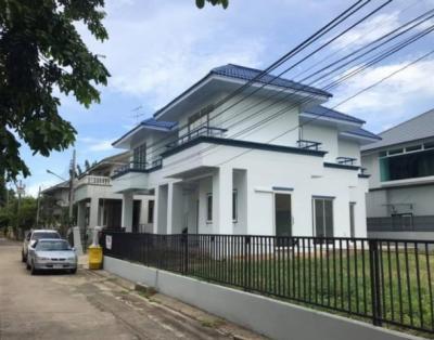 ขายบ้านบางแค เพชรเกษม : ขายบ้านเดี่ยว2ชั้น หมู่บ้านพิมานปิ่นเกล้า ติดถนนกาญจนา ใกล้ MRTหลักสอง เนื้อที่108 ตร.ว รีโนเวทใหม่  หลังมุม มีพื้นที่จัดสวน