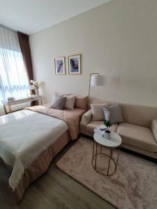 For RentCondoOnnut, Udomsuk : (Best price for rent 🧧) 12,000 only Knightsbridge Prime Onnut 🌃 Luxury condo on Nut zone.