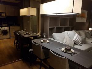 For RentCondoSukhumvit, Asoke, Thonglor : Condo for rent at Park 24 (Sukhumvit 24)