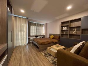 For RentCondoPinklao, Charansanitwong : Condo for rent near MRT Yaek Fai Chai !!!