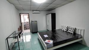 For RentCondoLadprao101, The Mall Bang Kapi : Condo for rent near The Mall Bangkapi, HR Residence, Happy Land, new air conditioner, new furniture