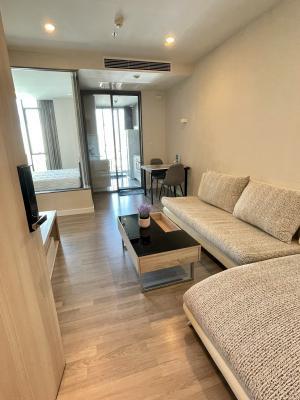 For RentCondoWongwianyai, Charoennakor : Condo for rent, The Room BTS Wongwian Yai, very big room, next to BTS Wongwian Yai