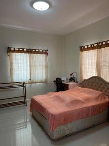 For SaleHousePattaya, Bangsaen, Chonburi : Urgent sale 🏡 Baan Win Place, Bowin, Sriracha, Chonburi.