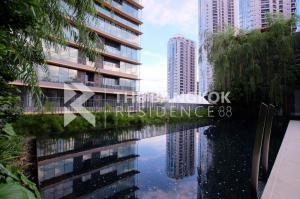 For SaleCondoSukhumvit, Asoke, Thonglor : Hot Deal! 30+ High Floor 2B2B Condo for Sale Near BTS Phrom Phong - The Lumpini 24 @11.45MB
