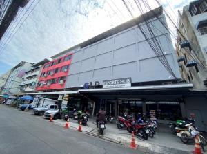 For RentShophouseRamkhamhaeng, Hua Mak : Building For Rent in Bangkok Area, 10 Buildings at Ramkhamhaeng 24 Yeak 14 Bangkok