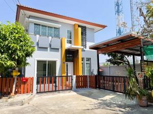 For SaleHouseNawamin, Ramindra : Twin house for sale, Phromphat Village, Green Nova, Ramintra by Sansiri.