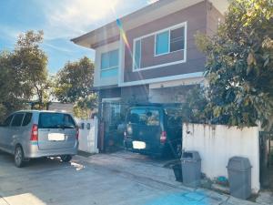 For RentHouseSamrong, Samut Prakan : For rent, twin houses, The Trust University, Phraeksa (near Bang Pu Industrial Estate - BTS Phraeksa)