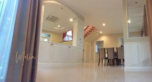 For RentHouseRama9, RCA, Petchaburi : !!For rent, luxury detached house, Perfect Masterpiece, Rama 9 - Krungthep Kreetha, size 100 sq m., 3 bedrooms, 3 bathrooms.