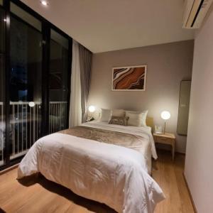 For RentCondoSukhumvit, Asoke, Thonglor : Condo for rent, Park 24, 52 sqm., 2 bedrooms, 1 bathroom, new room, beautiful decoration, Fully Furnished K1950