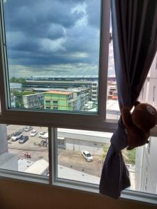 For SaleCondoRattanathibet, Sanambinna : Condo for sale, corner room, 7th floor, cheap price, good view, next to MRT