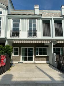 For RentTownhouseBangna, Lasalle, Bearing : SK03227 Townhome for rent Indy 4 Bangna km.7 20.7 sq m ** Bangna km. 7 **