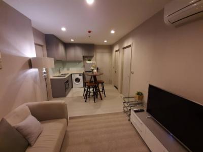 For RentCondoSukhumvit, Asoke, Thonglor : M3623- Condo for rent, Rhythm Sukhumvit 36-38, near BTS Thong Lo, has a washing machine, fully furnished. ready to move in
