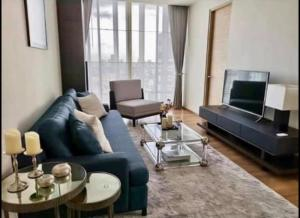 For RentCondoSukhumvit, Asoke, Thonglor : +++Urgent rent +++ Park Origin***2 bedrooms, size 52 sq.m., fully furnished, ready to move in.