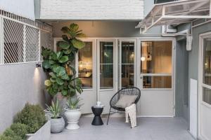 เช่าบ้านอารีย์ อนุสาวรีย์ : For rent / ให้เช่าบ้านสวย สไตล์มินิมอล ย่านอารีย์ ทำโฮมออฟฟิศได้ 300 Sq.m. ราคาดี น่ารักมาก