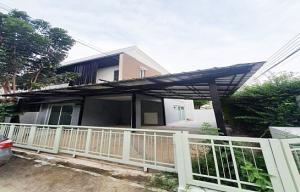 For RentTownhousePattanakan, Srinakarin : Townhome for rent Pruksa Town Privet On Nut-Srinakarin 3 bedrooms 28 sq.wa. Suan Luang.