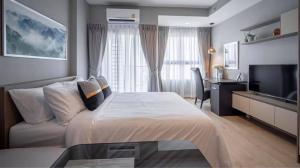For RentCondoWongwianyai, Charoennakor : Condo for rent, Ideo Sathorn - Wongwian Yai, beautiful room, best view, has a sky garden