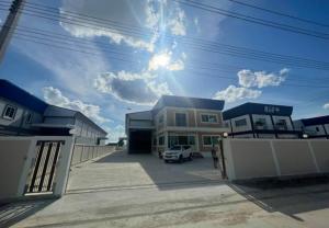 เช่าโกดังมหาชัย สมุทรสาคร : For Rent ให้เช่าโกดัง พร้อมสำนักงาน สร้างใหม่ สภาพใหม่ ที่ดิน 434 ตารางวา พื้นที่รวม 875 ตารางเมตร ถนนเศรษฐกิจ กระทุ่มแบน สมุทรสาคร ทำเลดี รถเทรลเลอร์เข้าออกสะดวก