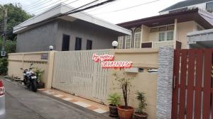 For RentHouseLadprao 48, Chokchai 4, Ladprao 71 : House for rent, 2 floors, 80 sq m. with another office, located in Ratchada / Ladprao