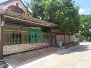 For RentHouseChengwatana, Muangthong : House for rent, newly renovated after 20,000, Prachachuen Village, Samakkhi Road, near Ngamwongwan - Government Center