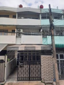 For SaleTownhouseSukhumvit, Asoke, Thonglor : For sale.. Townhouse 4 floors, Soi Sukhumvit 93, Bang Chak Subdistrict, Phra Nong District, Bangkok.