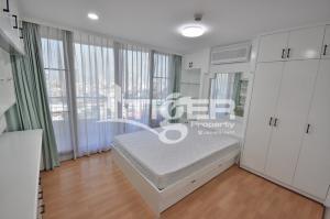 For RentCondoSukhumvit, Asoke, Thonglor : MSCR99 2+1-bedroom condo for rent at Supalai Place Sukhumvit 39, convenience location in Soi Sukhumvit 39.