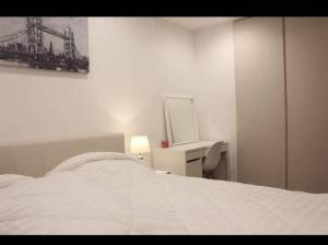 For RentCondoRama9, RCA, Petchaburi : Condo for rent Ideo Mobi Asoke BA21_05_003_04 special price 19,999 baht.