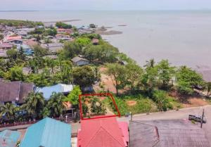 For SaleLandTrat : Beautiful land for sale near the sea, good location, Koh Chang view, cheap