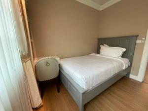 """ขายบ้านลาดพร้าว เซ็นทรัลลาดพร้าว : Rental / Selling : Luxury House With Full Furnitures in """"Grandio Ladprao-Kaset Nawamin"""", 3 Bed 3 Bath , 2+2  Parking Lot , 63 sqw , 200 sqm   🔥🔥Rental Price: 120,000 THB / Month 🔥🔥   🔥🔥Selling Price : 18,000,000 TH"""