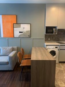 For RentCondoOnnut, Udomsuk : For rent >> Whizdom Inspire Sukhumvit 2 bedroom.