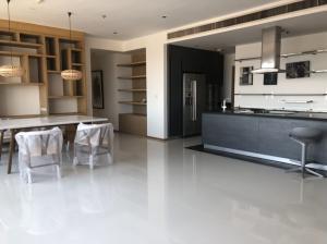 For RentCondoSukhumvit, Asoke, Thonglor : Emporio place sukhumvit 24 for rent by owner 120,000 baht/month 3 bed, 4 bath 161 sqm.