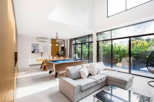 เช่าบ้านสุขุมวิท อโศก ทองหล่อ : Rental : Entertainment House with Private Pool In Thonglor
