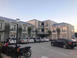 ขายขายเซ้งกิจการ (โรงแรม หอพัก อพาร์ตเมนต์)เชียงใหม่ : ขาย Service Apartment โรงแรมหอพัก สร้างใหม่ใกล้เซนทรัลเฟส