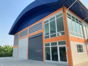 For RentWarehouseNakhon Pathom, Phutthamonthon, Salaya : Code C4220 for rent, warehouse with office, 2 floors, size of Phutthamonthon Sai 5 Road, Salaya, Nakhon Pathom.