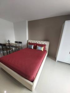 For RentCondoPattanakan, Srinakarin : Condo for rent Asakan Place Srinakarindra   fully furnished (Confirm again when visit).