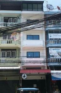 For RentShophouseRathburana, Suksawat : Commercial building for rent, 17 sq.wa., 5 floors, at the beginning of Soi Kwanchai, Suksawat 64, entering the alley from the main road for a while - ER-210067
