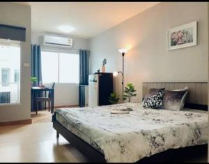 For RentCondoOnnut, Udomsuk : Condo for rent Aspace Sukhumvit77 BA21_05_007_04 price 7,499 baht, furniture, electrical appliances.