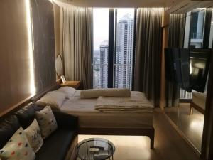 For RentCondoSukhumvit, Asoke, Thonglor : Condo for rent: Park Origin Phrom Phong - Park Origin Phrom Phong *High floor, beautiful view*