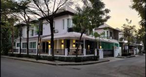 For RentHouseLadkrabang, Suwannaphum Airport : ให้เช่า บ้านเดี่ยว หมู่บ้าน บลู ลากูน 1  (ST-02) FOR RENT  :  Blue Lagoon 1  (ST-02)