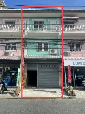 For RentShophouseNawamin, Ramindra : ‼️ 3-storey commercial building, pay installment directly to the owner of Phahonyothin 58, why would you pay the rent? When you can own it yourself‼️