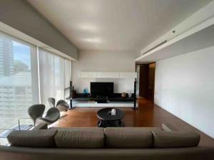 เช่าคอนโดวิทยุ ชิดลม หลังสวน : พร้อมอยู่!! คอนโดให้เช่า Hansar Residence Rajadamri 2 ห้องนอน 2 ห้องน้ำ 138 ตร.ม. ชั้น 25 City view