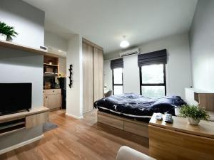 For RentCondoBangna, Lasalle, Bearing : For rent, UNiO Sukhumvit 72, Phase 1 / Studio 23 sqm., 2nd floor, Building E, beautiful room, fully furnished, near BTS Bearing