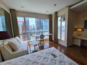 For RentCondoWitthayu,Ploenchit  ,Langsuan : Condo for rent The Address Chidlom Studio 1 bathroom Size 41.17 sq.m. Floor 16