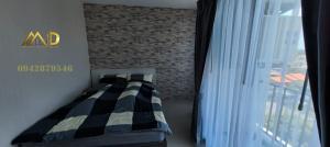 เช่าคอนโดรัชดา ห้วยขวาง : ให้เช่าห้องใหม่ ส่วย ติด wall paper ทั้งห้อง คอนโด  the prive รัชดา 30 (เข้าทางลาดพร้าว 23 ได้)