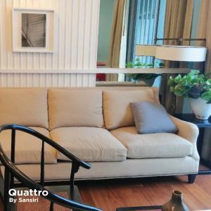 For RentCondoSukhumvit, Asoke, Thonglor : Quattro by Sansiri 🔥 Beautifully decorated, fully furnished, pool view, amazing price, contact 062-515-4297 (Mr. Edward)