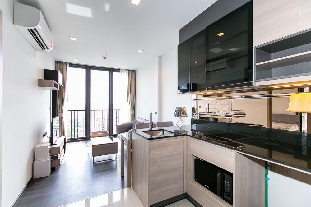 เช่าคอนโดพระราม 9 เพชรบุรีตัดใหม่ : Ready to move in (- For Rent -)  { 1 Bedroom 35 Sq.m } 18,000 -
